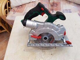 Parkside 20v Cordless circular saw.