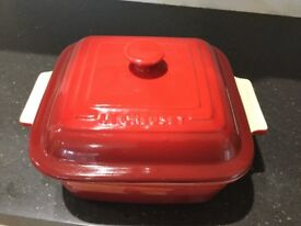 Le creuset large casserole dishes 3 ramakin lidded dishes