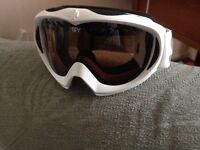 Spy ski goggles White surround with black glass good condition buyer collects