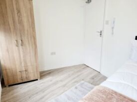 Luxurious SPACIOUS rooms in WEMBLEY all bills included HA98JT