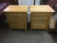 Pair of solid oak bedside chests * free furniture delivery *