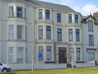 Portrush - Dunluce Self Catering Apartment 4 Bedrooms