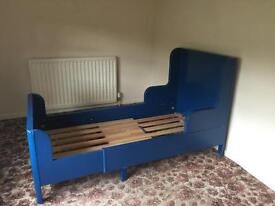 Childrens ikea Busunge extendable bed