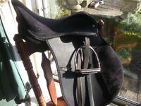 Rhinegold saddle