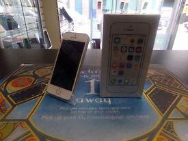 Apple iPhone 5s, unlocked, white / silver