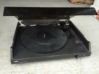 NAD 5120 stereo turntable