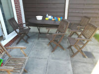 Garden wooden table and six chairs