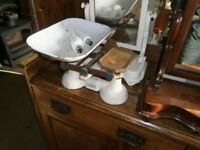 VINTAGE KITCHEN / GROCERS SCALES IN YEOVIL