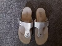 Hotter Resort Sandals in Gold Size 5 1/2