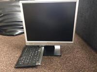 YUSMART computer screen and keyboard