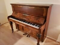 holderness &holdernesse upright piano