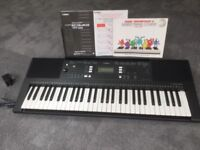 Yamaha PSR E343 YPT-340 electronic keyboard. Hardly used and in full working condition.