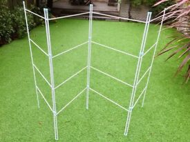 Clothes drying rack - brand new - £5