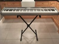 Piano Casio Privia electric keyboard £250