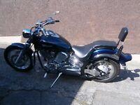 xvs yamaha costom 1100cc mot 8 mths no scratches or dents rides lovely