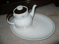 Royal Doulton Morning Star China Tea Pot and Oval Serving Plate, TC 1026. Excellent, clean condition