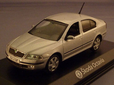 1:43 Norev Skoda Octavia Berline 4-Door Sedan Rare Silver 840645