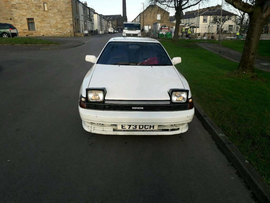 TOYOTA CELICA 2 0 GT 3DR WHITE EXCELLENT RUNNER (RARE 80s CLASSIC)   in  Burnley, Lancashire   Gumtree