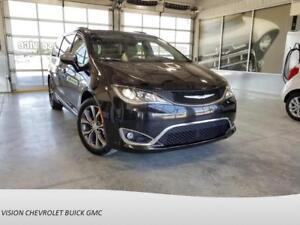 2017 Chrysler Pacifica IMPECCABLE!!, LIMITED  TOIT, NAVI, CUIR B