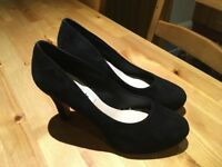 Ladies Black Suede high heel shoes worn once size 4 and a half