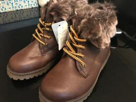 Kids boots size 12 brand new