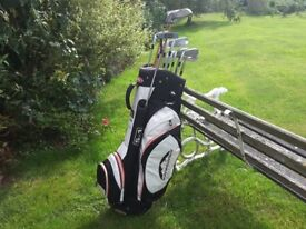 Sun Mountain Trolly Bag with set of Mizuno Irons and Cleveland Woods