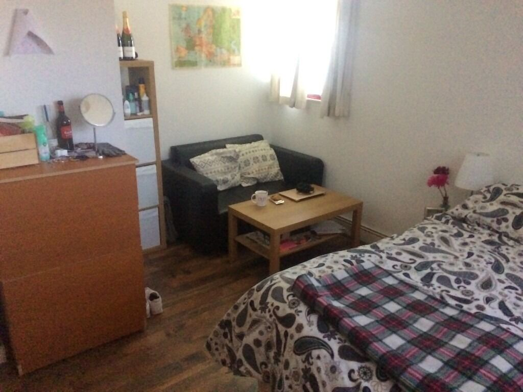 LOVELY BIG DOUBLE ROOM BETHNAL GREEN