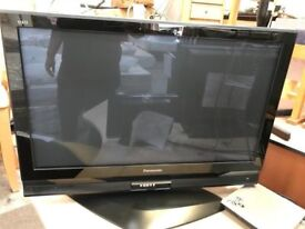 *+BaRgAiN+*+PANASONIC VIERA PLASMA/HD/42 INCHES TV SET/NO REMOTE/IN GOOD WORKING+GREAT CONDITION*++