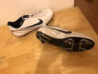 Men's football boots size 10