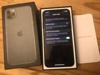 Apple iPhone 11 Pro Max - 256GB - Midnight Green with folio case UNLOCKED