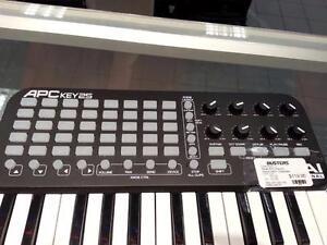 Akai APCkey25 MIDI Controller. We Sell Used DJ Equipment. (#44526)