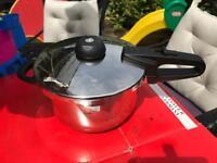 Fissler vitavit royal pressure cooker