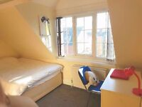 2 ROOMS IN STUDENT HOUSE - RENT PAID FOR DECEMBER - £68 p/w