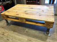 Pallet & scaffold coffee table