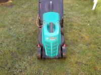 bosch rotak 320 er electric rotary lawnmower good con bargin £30.00 pounds