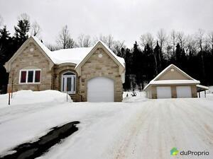 494 900$ - Bungalow à vendre à Val-Des-Monts Gatineau Ottawa / Gatineau Area image 1