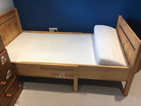 ikea extandebale bed with mattress, very good condition, CAN DELIVER