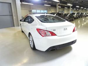 2011 Hyundai Genesis Coupe 3.8L GT 6sp West Island Greater Montréal image 6