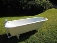 Free Standing Cast Iron Enamel Roll Top Bath With Mixer Taps