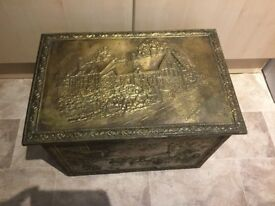 Antique Ann Hathaway Brass Wood Hinged Kindling/Wood/Logs/Coal Storage Box