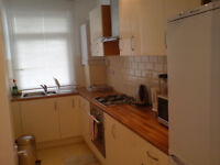 SINGLE ROOM IN NORTH FINCHELY, WIRELESS NET, N12, £110 PW, ALL INCLUSIVE, MIN 6 MONTHS