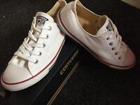 Converse (Boxed & Worn once)