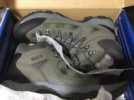 Size 11 Mountain Warehouse Boots -Leyton