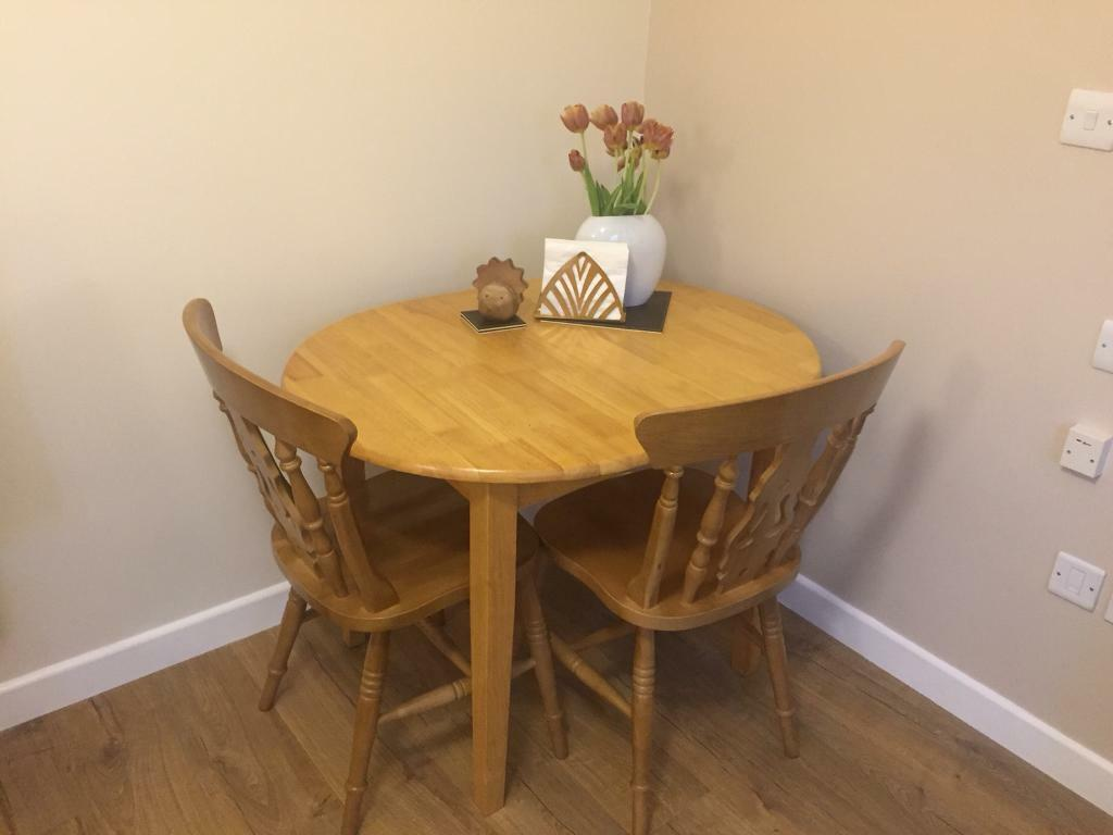 Malaysia rubber wood dining table and chairs