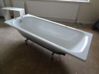 White Steel Bath RRP £ 180 in Like New Condition Size: 1700 x 700