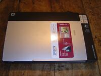 Epsom Perfection V200 Photo Scanner
