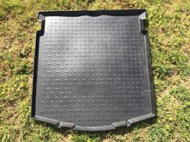 Toyota Auris boot luggage mat liner cover