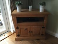 Sfs Corona solid pine Tv unit/cabinet good used condition