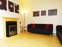 ROOMS IN 6 BED SHARED HOUSE STUDENT ACCOMMODATION - LEEDS TRINITY OR BECKETT UNIVERSITY - NO FEES !