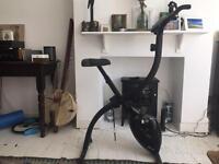 Everlast ev410B magnetic foldable exercise bike